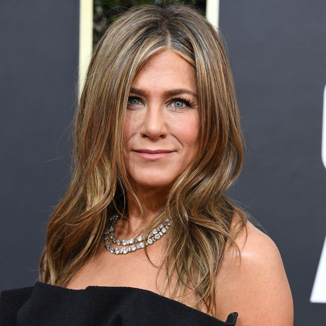 beverly hills, california   january 05 jennifer aniston arrives at the 77th annual golden globe awards attends the 77th annual golden globe awards at the beverly hilton hotel on january 05, 2020 in beverly hills, california photo by steve granitzwireimage