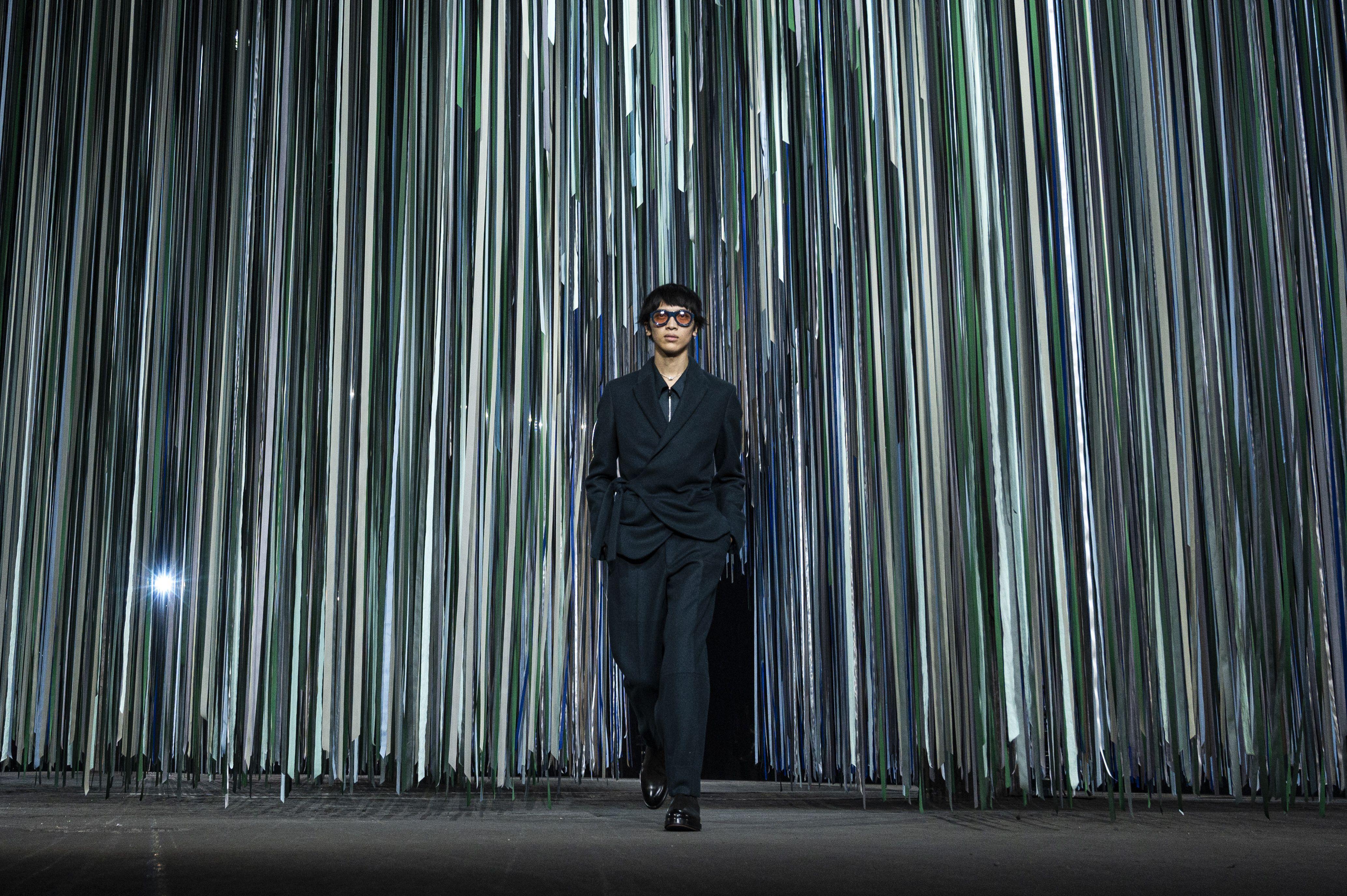 Milan Fashion Week: Ermenegildo Zegna Gives Darkness The Green Light