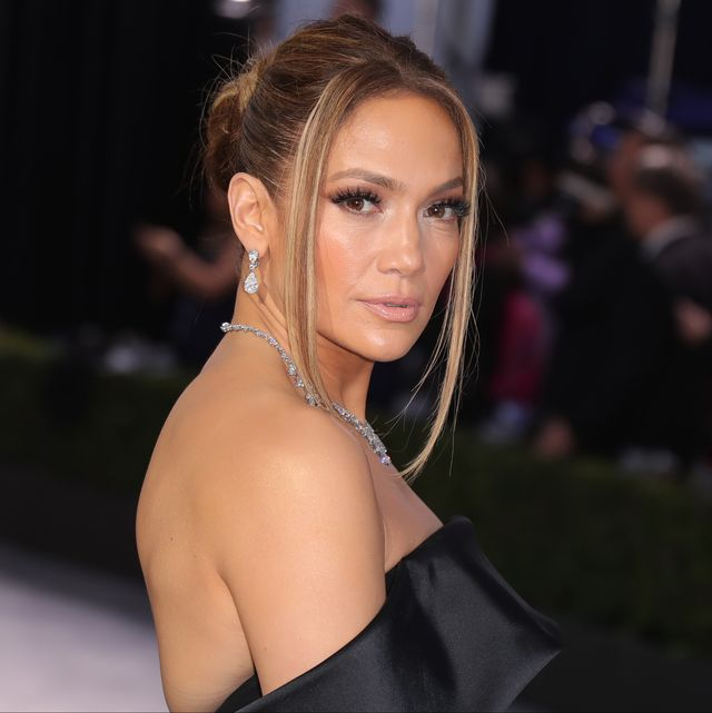 los angeles, california   january 19 jennifer lopez attends 26th annual screen actors guild awards at the shrine auditorium on january 19, 2020 in los angeles, california photo by leon bennettgetty images
