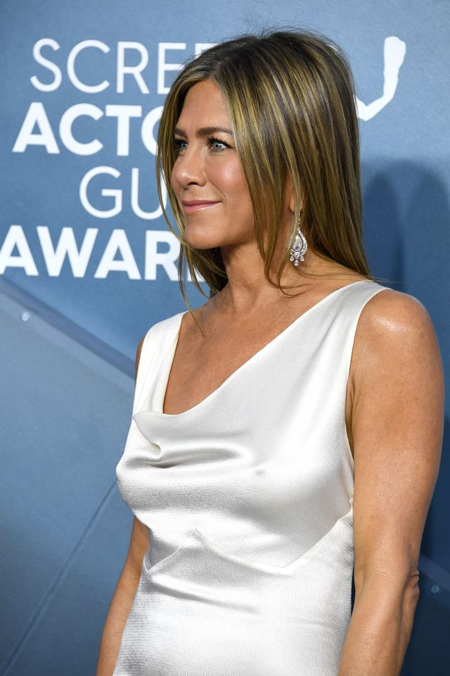 los angeles, california   january 19 jennifer aniston attends the 26th annual screen actorsguild awards at the shrine auditorium on january 19, 2020 in los angeles, california photo by jon kopaloffgetty images