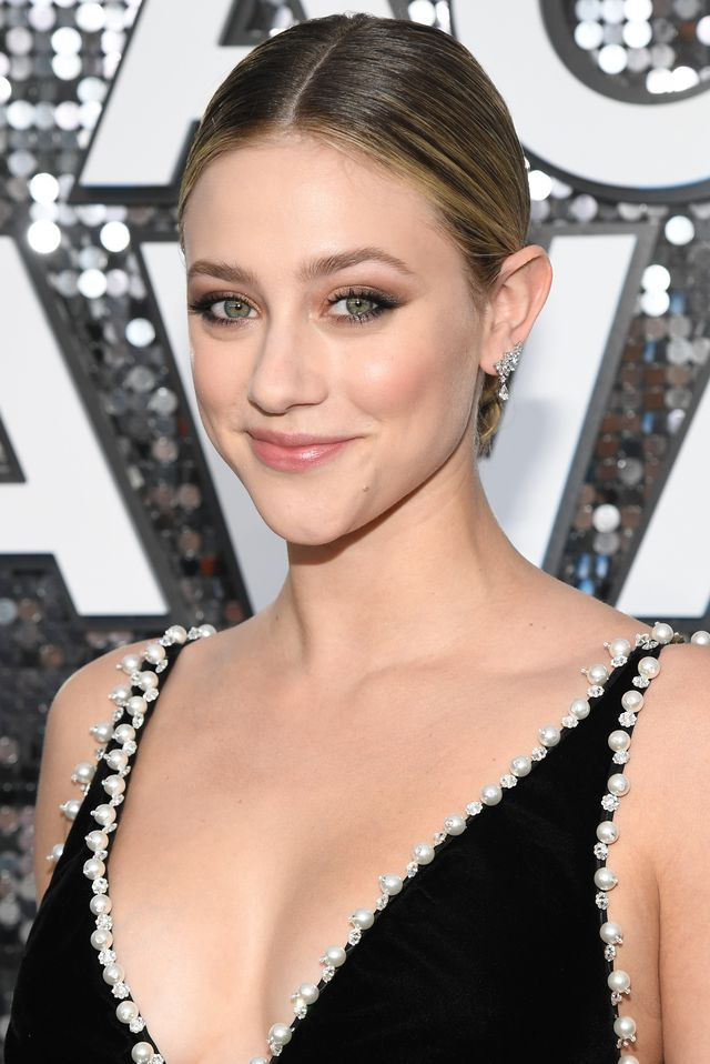 los angeles, california   january 19 lili reinhart attends the 26th annual screen actorsguild awards at the shrine auditorium on january 19, 2020 in los angeles, california 721336 photo by kevin mazurgetty images for turner