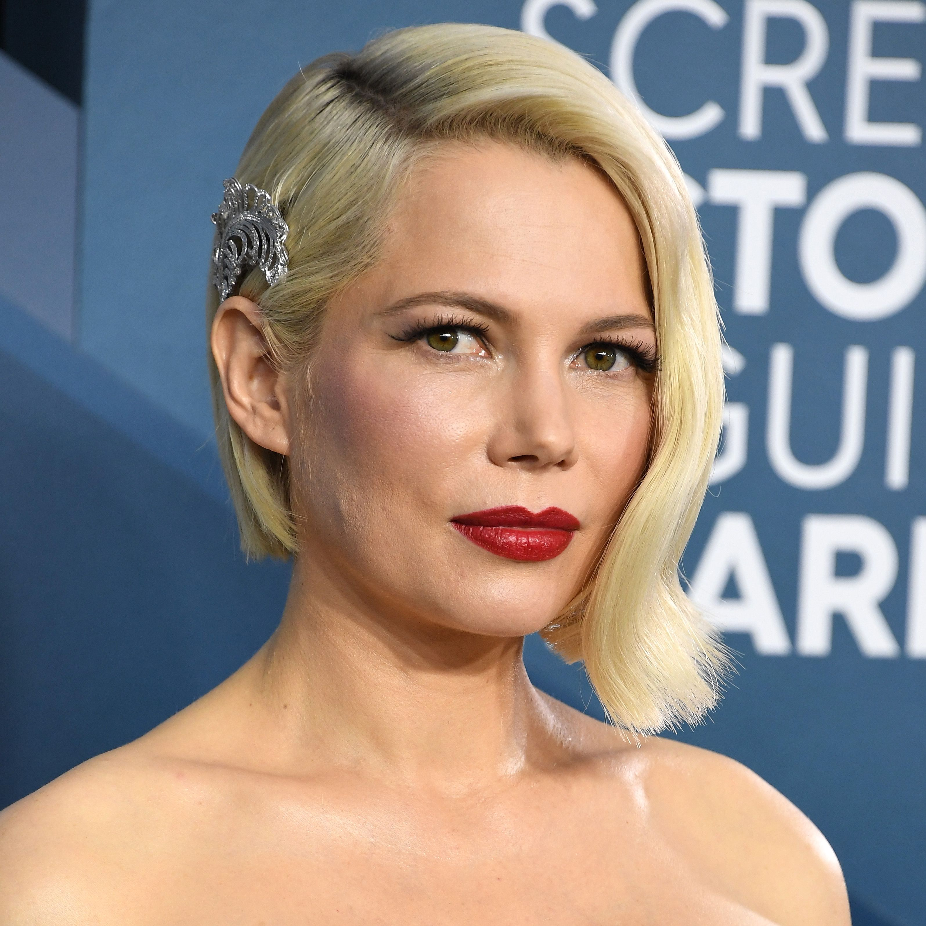 25 Short Hairstyles For Round Faces Flattering Hairstyles For Round Face Shapes