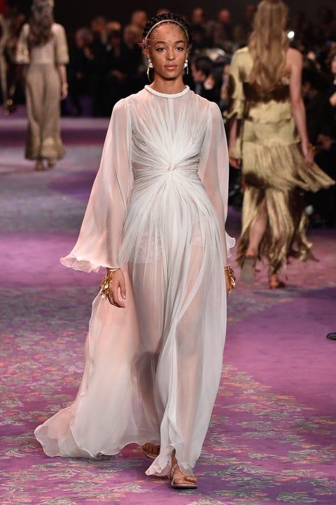 Fashion model, Fashion, Clothing, Fashion show, Haute couture, Runway, Dress, Shoulder, Fashion design, Event,