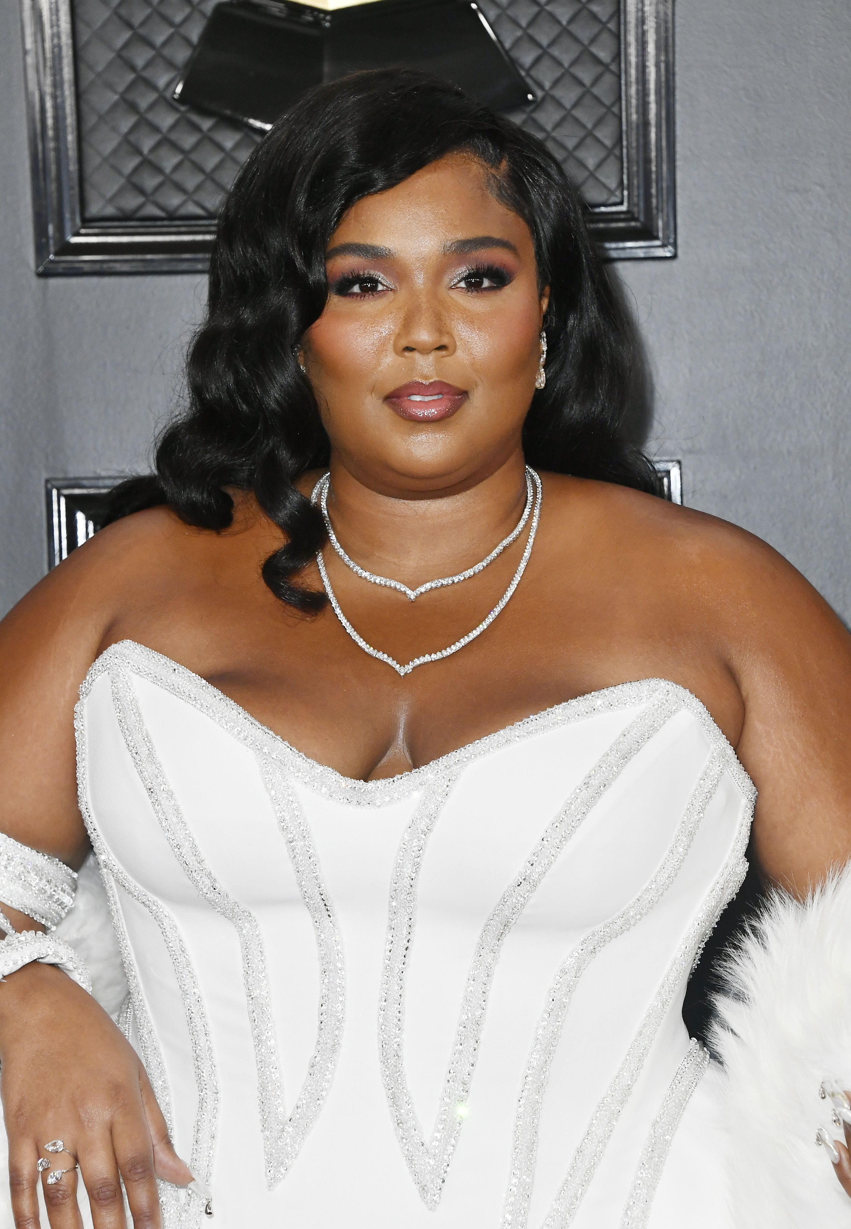 Lizzo Has a Britney Spears Moment at the 2020 Grammys