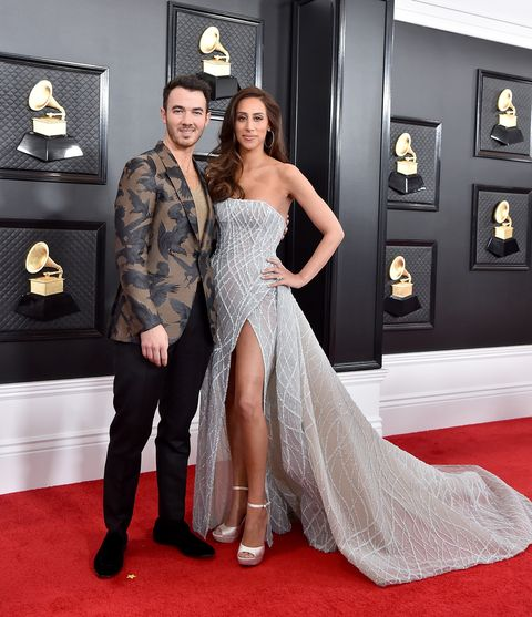 15+ Grammys Red Carpet Background