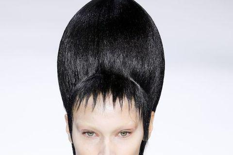 Bella Hadid bleached brows Haider Ackermann : Runway - Paris Fashion Week Womenswear Fall/Winter 2020/2021