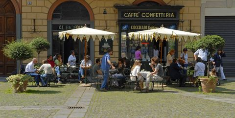 Building, Event, Mixed-use, Marketplace, Coffeehouse, Awning, Tourism, Leisure, Restaurant, Café,