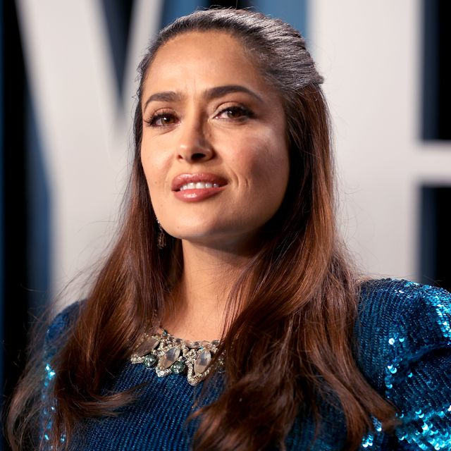 beverly hills, california   february 09 salma hayek attends the 2020 vanity fair oscar party hosted by radhika jones at wallis annenberg center for the performing arts on february 09, 2020 in beverly hills, california photo by rich furyvf20getty images for vanity fair