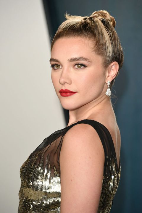 beverly hills, california   february 09 florence pugh attends the 2020 vanity fair oscar party hosted by radhika jones at wallis annenberg center for the performing arts on february 09, 2020 in beverly hills, california photo by daniele venturelliwireimage,
