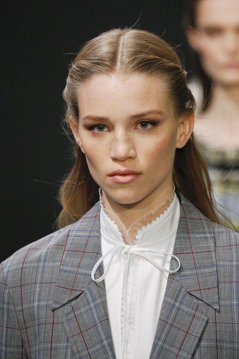 tory burch   runway   february 2020   new york fashion week