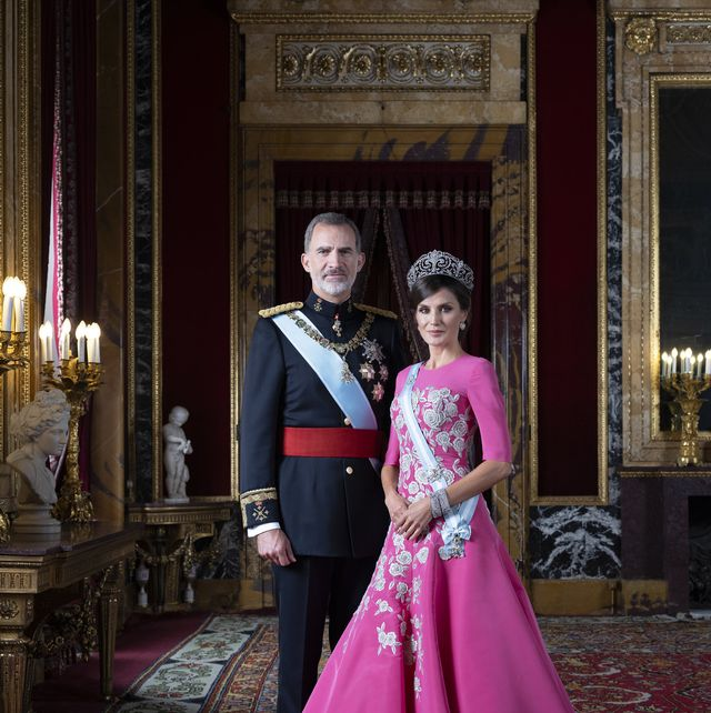 Official Photographs of Spanish Royals and Her Royal Highnesses the Princess of Asturias and the Infanta Doña Sofía