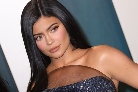beverly hills, california   february 09  kylie jenner attends the 2020 vanity fair oscar party at wallis annenberg center for the performing arts on february 09, 2020 in beverly hills, california photo by toni anne barsonwireimage