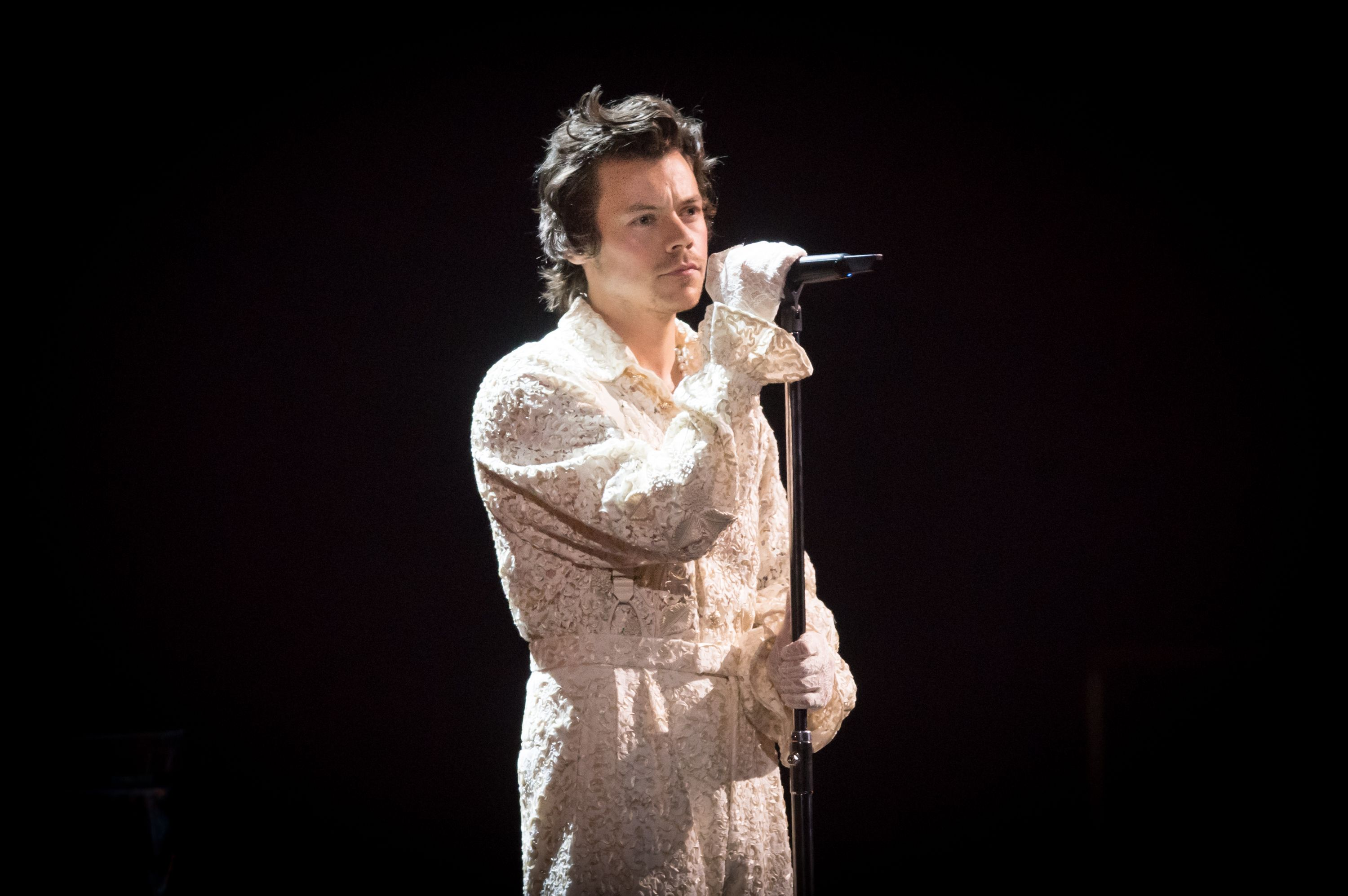 At The 2020 Brit Awards, Harry Styles Was The Patron Saint Of Menswear