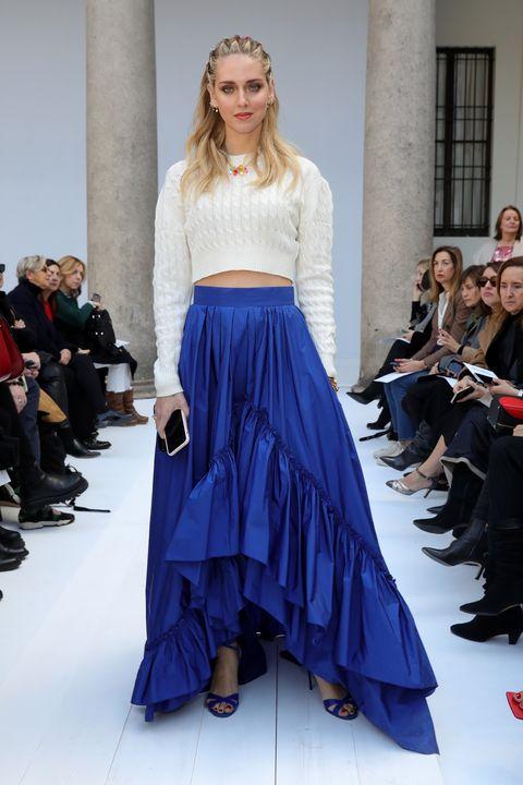 Fashion model, Fashion show, Fashion, Clothing, Runway, Shoulder, Cobalt blue, Blue, Haute couture, Dress,