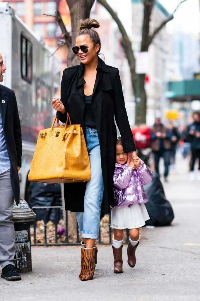 Chrissy Teigen's Daughter Luna Has the Most Skeptical, Relatable Reaction to Paparazzi