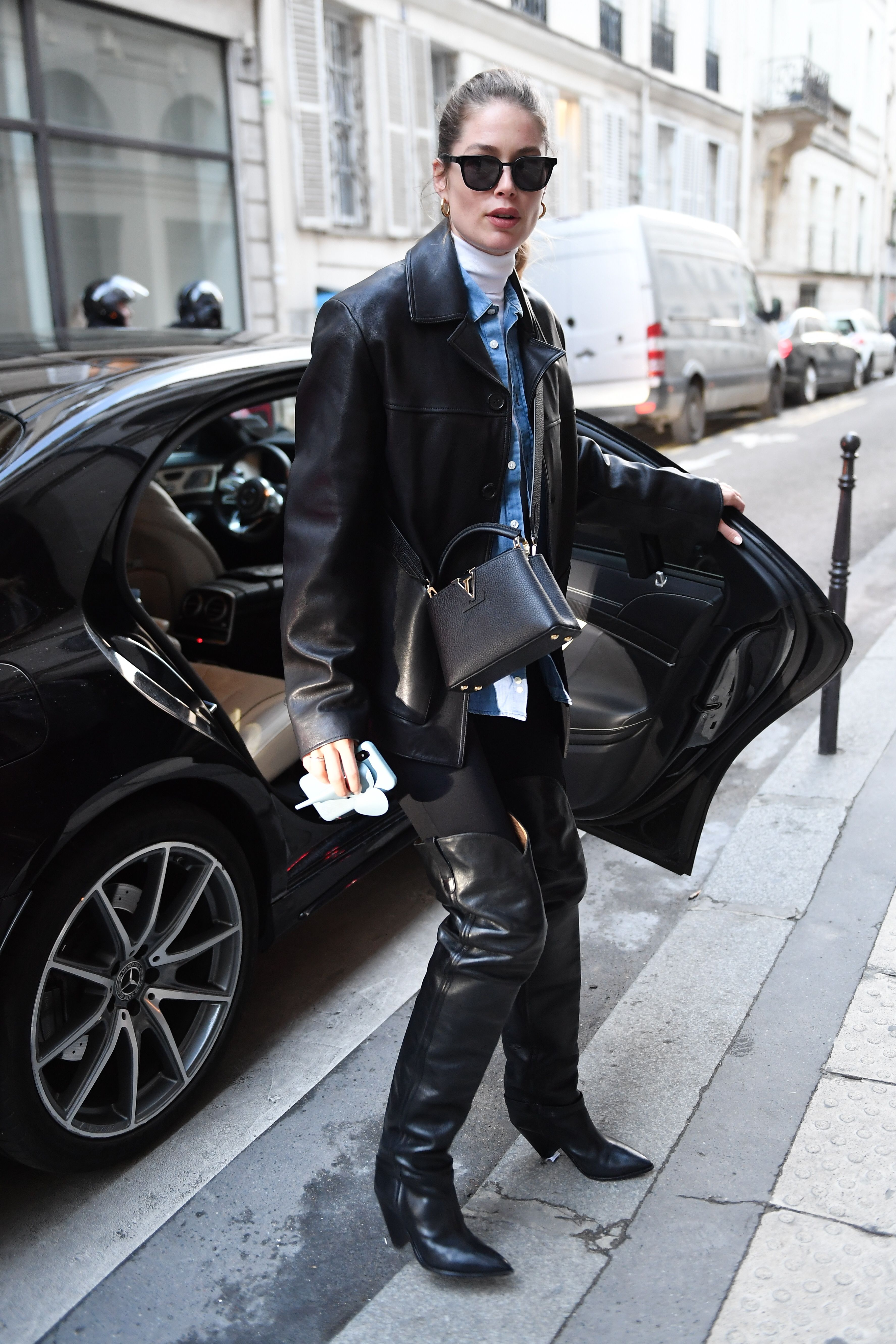 Chic Looks Celebrities Models Pfw The Best Street Style From Paris Fashion Week Fall Winter 2020