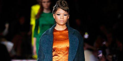 Fashion, Fashion model, Fashion show, Runway, Clothing, Orange, Yellow, Street fashion, Fashion design, Event,