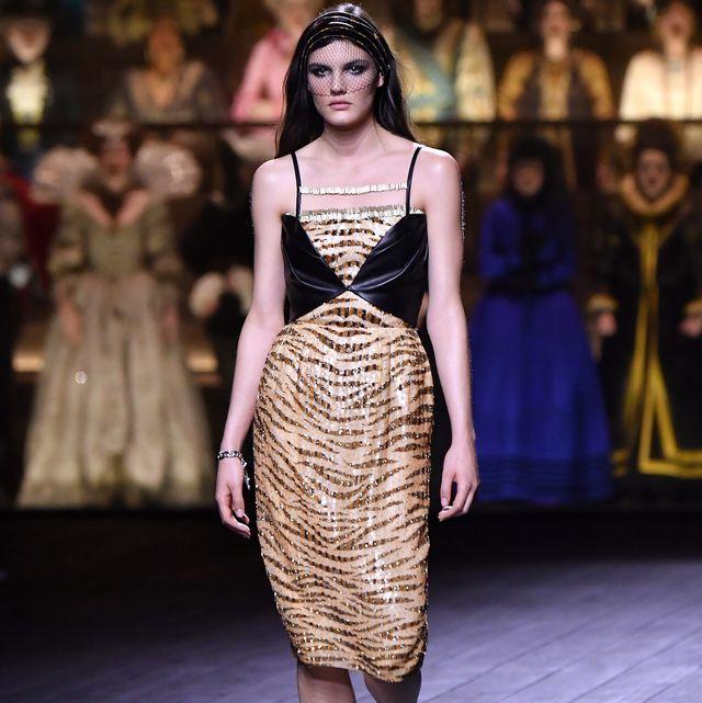 Fashion model, Fashion, Fashion show, Runway, Clothing, Dress, Haute couture, Event, Public event, Fashion design,