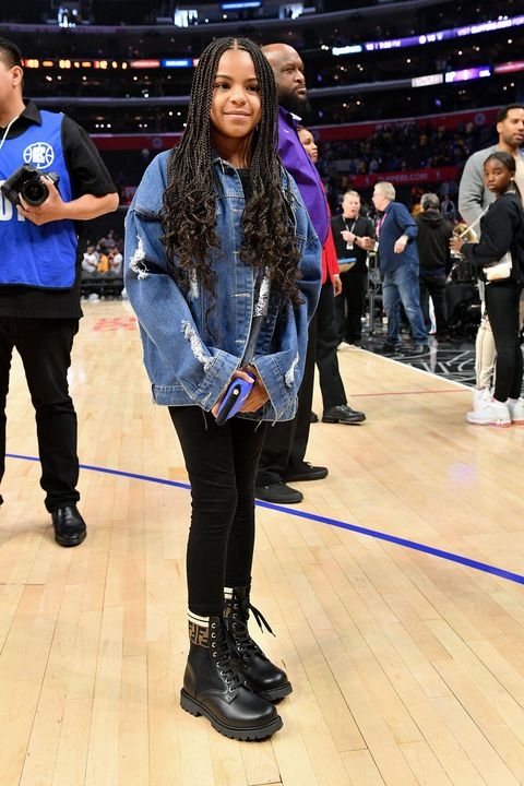 blue ivy carter at a los angeles clippers game