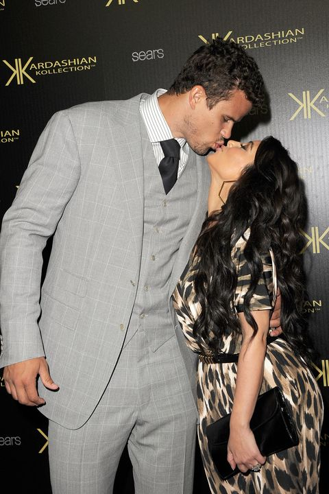 kris humphries and kim kardashian kiss