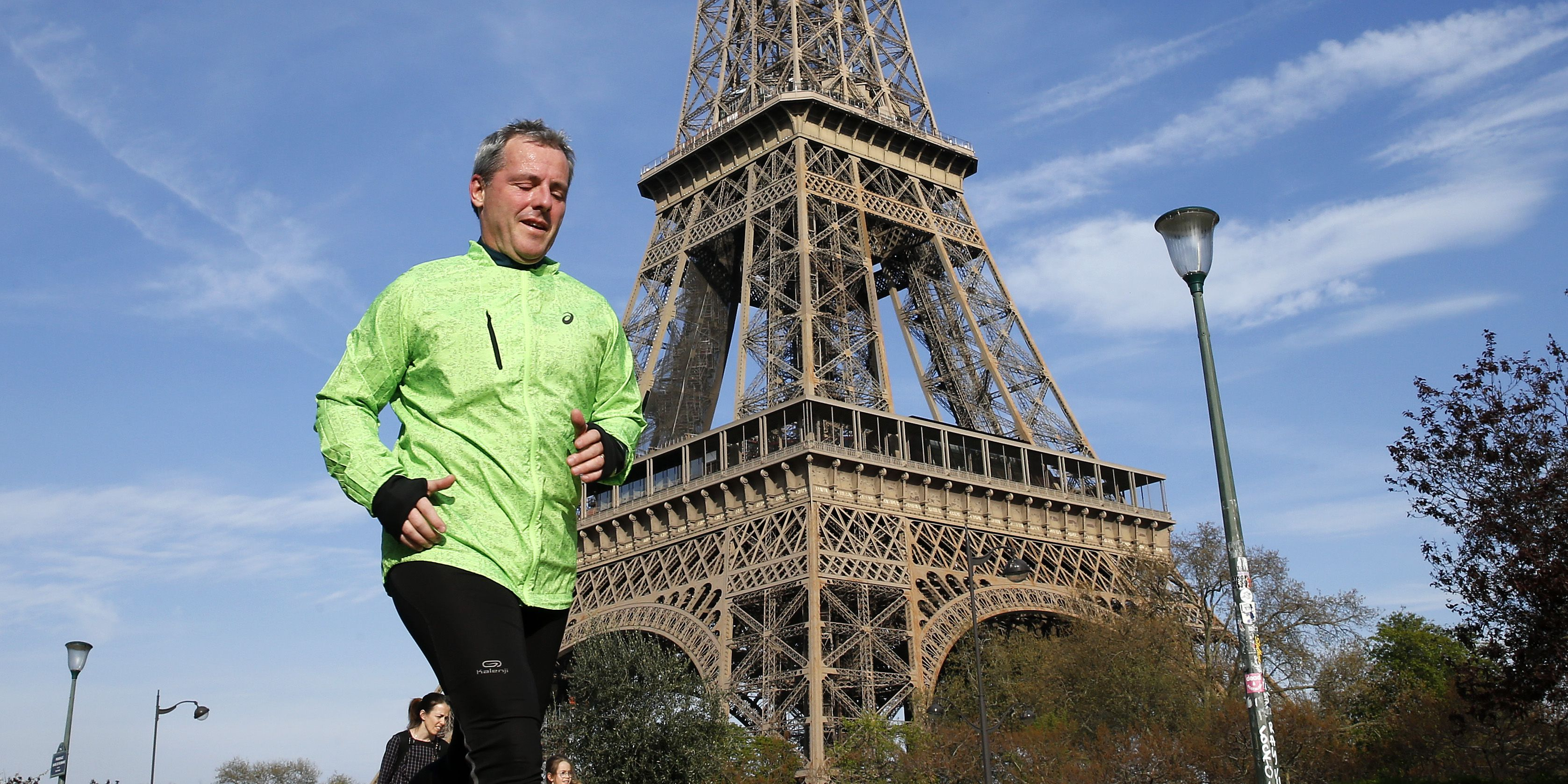 Paris Authorities Have Banned Daytime Outdoor Exercise