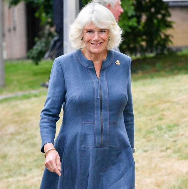 gloucester, england   june 16 camilla, duchess of cornwall arrives at gloucestershire royal hospital to meet front line key workers who who have responded to the covid 19 pandemic during a visit to gloucestershire royal hospital on june 16, 2020 in gloucester, england photo by wpa pool ben birchallgetty images
