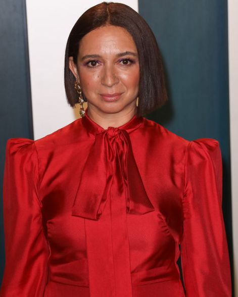 beverly hills, california   february 09 maya rudolph  attends the 2020 vanity fair oscar party at wallis annenberg center for the performing arts on february 09, 2020 in beverly hills, california photo by toni anne barsonwireimage