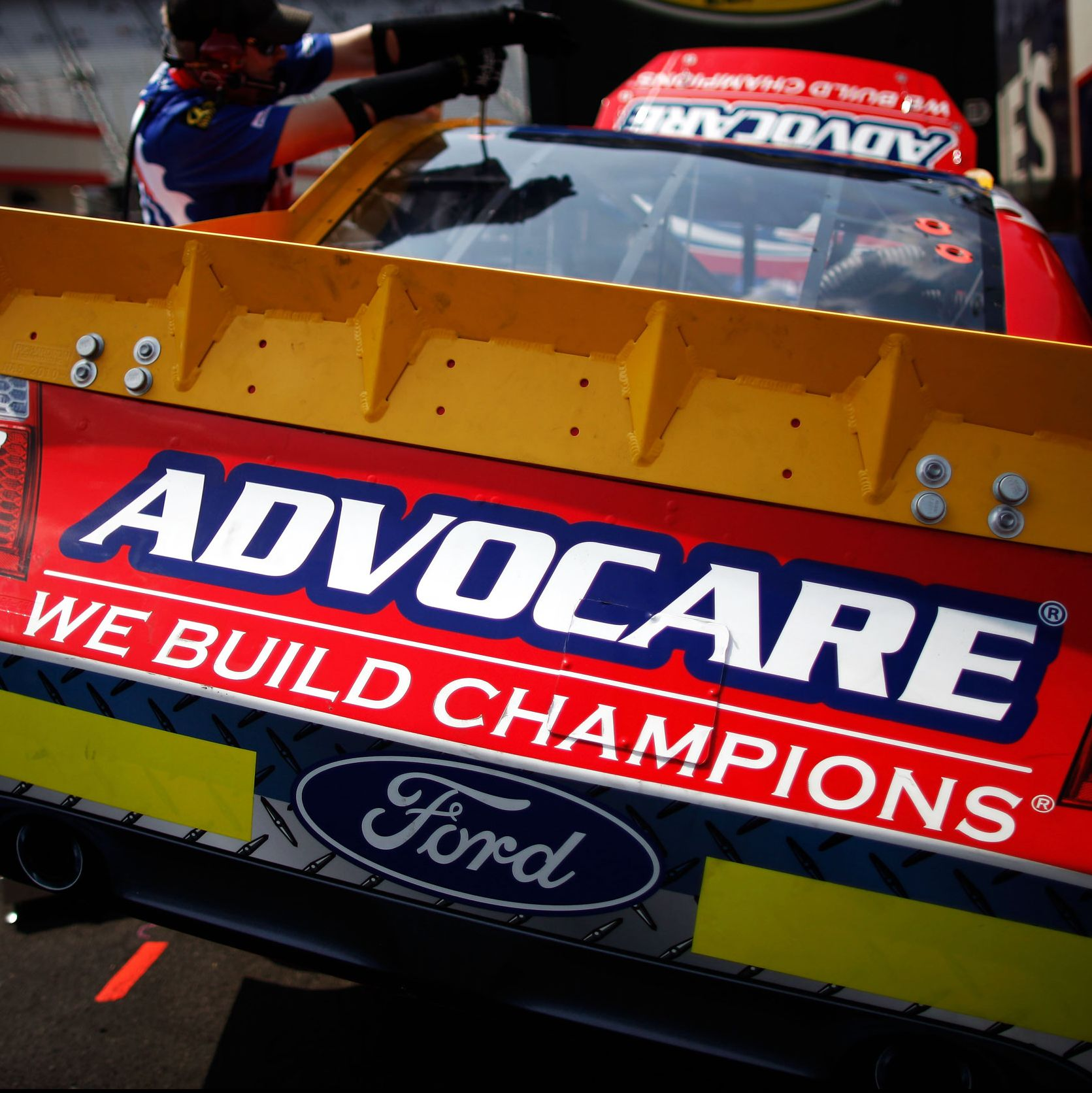 What Is Advocare, Anyway? Here's the Murky Nutrition Behind The Cult-Like Supplement Brand.