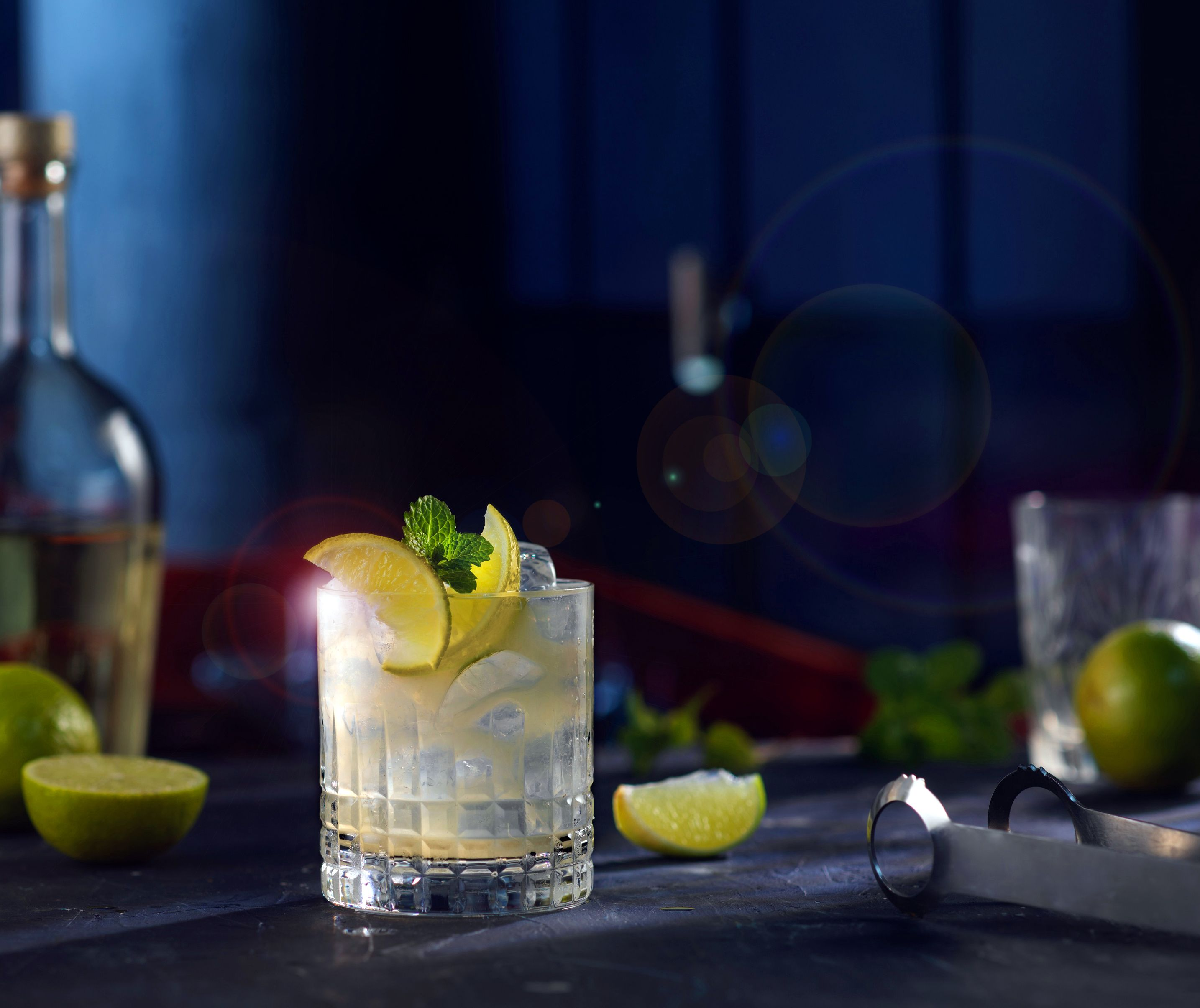15 Best Low Calorie Alcoholic Drinks For Guilt Free Sipping