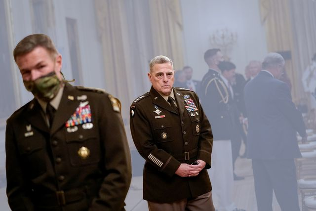 washington, dc   september 11 chairman of the joint chiefs of staff gen mark milley c arrives for a medal of honor ceremony for sergeant major thomas p payne, united states army, for conspicuous gallantry in the east room of the white house on september 11, 2020 in washington, dc on october 22, 2015, during a daring nighttime hostage rescue in kirkuk province, iraq, then sergeant first class payne led a combined assault team charged with clearing one of two buildings known to house hostages his actions were key to liberating 75 hostages during a rescue mission that resulted in 20 enemy fighters killed in action photo by drew angerergetty images