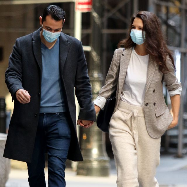 new york city, ny   september 21 katie holmes and emilio vitolo jr out for a walk on september 21, 2020 in new york city, new york photo by lrnycmegagc images