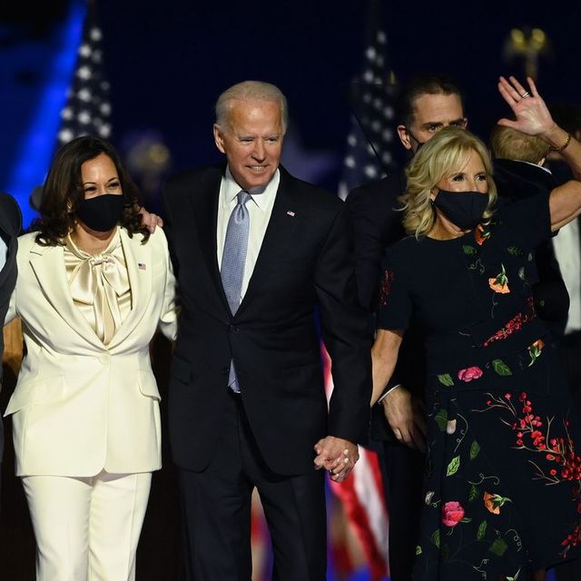 topshot   us president elect joe biden and vice president elect kamala harris stand with spouses jill biden and doug emhoff after delivering remarks in wilmington, delaware, on november 7, 2020, after being declared the winners of the presidential election photo by jim watson  afp photo by jim watsonafp via getty images