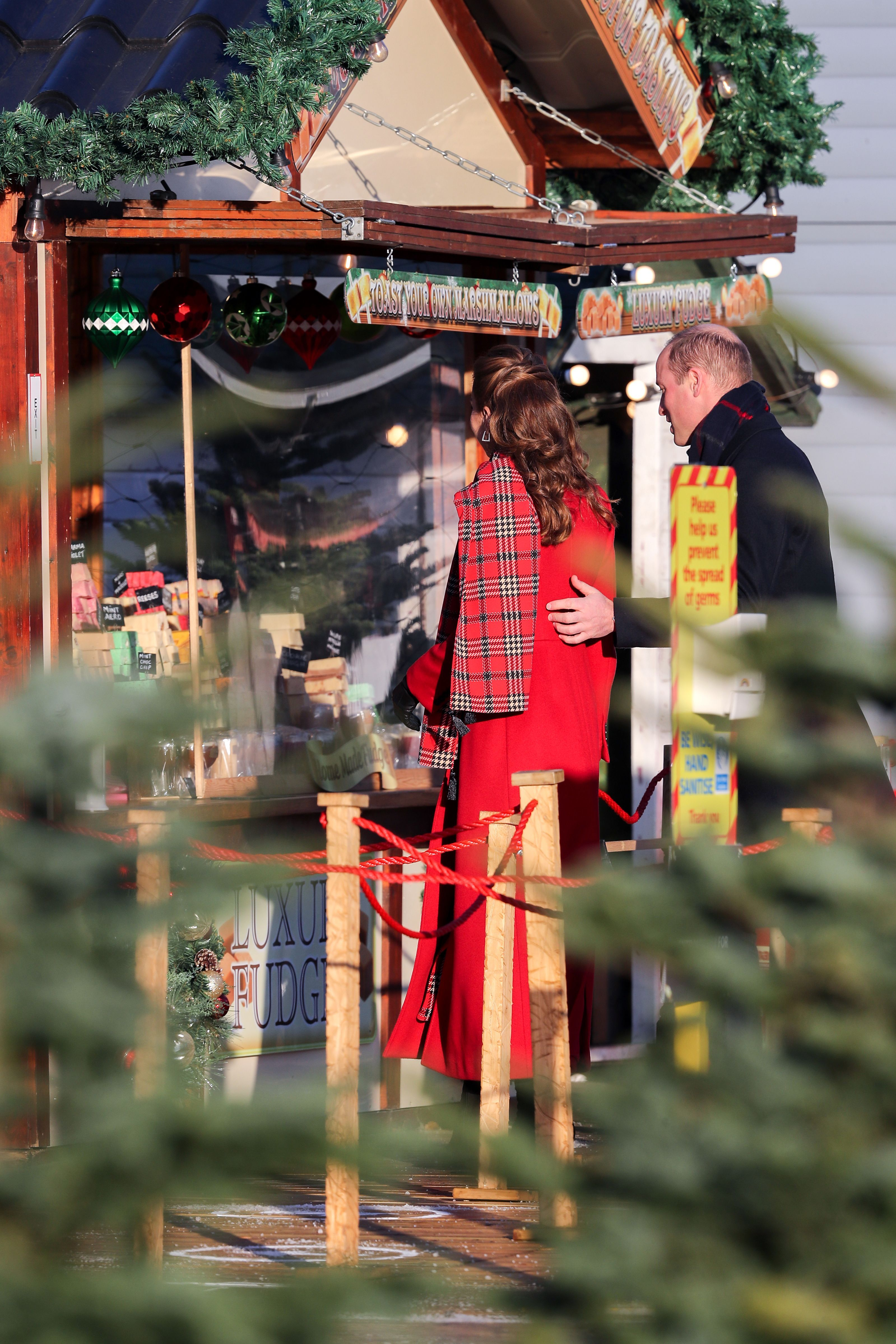 Body-Language Expert Says Kate Middleton and Prince William&