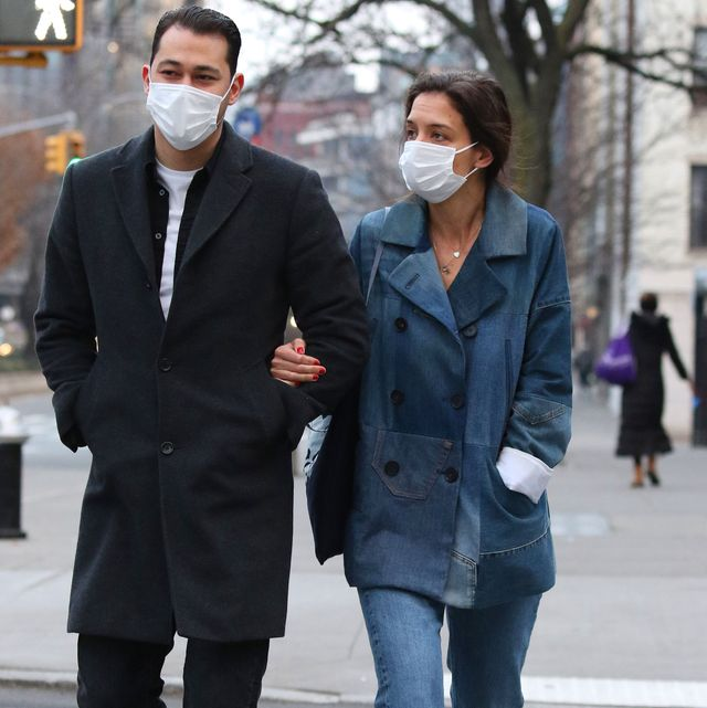 new york city, ny   january 13 katie holmes and emilio vitolo jr are seen on january 13, 2021 in new york city, new york photo by megagc images