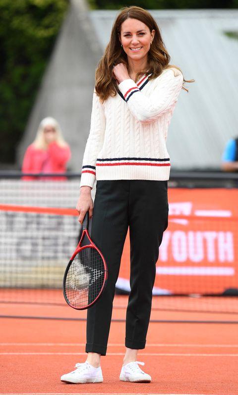 凱特王妃2021 平價穿搭!腳上superga 小白鞋真的穿不膩