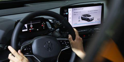 sistemas adas ayuda a la conduccion