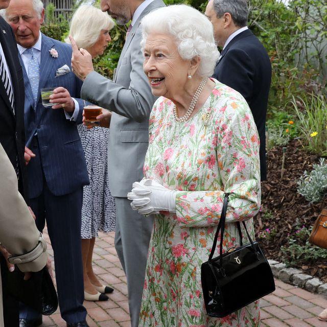 the queen brooch g7