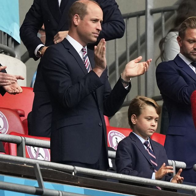 prince william l, duke of cambridge, and catherine, duchess of cambridge, clap flanking their son george, during the uefa euro 2020 round of 16 football match between england and germany at wembley stadium in london on june 29, 2021 photo by frank augstein  pool  afp photo by frank augsteinpoolafp via getty images