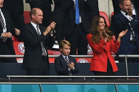 topshot   l to r prince william, duke of cambridge, prince george of cambridge, and catherine, duchess of cambridge, celebrate the first goal in the uefa euro 2020 round of 16 football match between england and germany at wembley stadium in london on june 29, 2021 photo by justin tallis  pool  afp photo by justin tallispoolafp via getty images