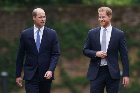 britains prince william, duke of cambridge l and britains prince harry, duke of sussex arrive for the unveiling of a statue of their mother, princess diana at the sunken garden in kensington palace, london on July 1, 2021, which would have been her 60th birthday princes william and harry set aside their differences on thursday to unveil a new statue of their mother, princess diana, on what would have been her 60th birthday photo by yui mok pool afp photo by yui mokpoolafp via getty images