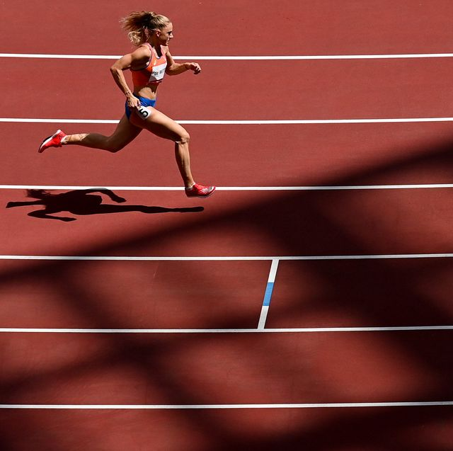 tokyo , japan   3 august 2021 lisanne de witte of netherlands in action during the womens 400 metres at the olympic stadium during the 2020 tokyo summer olympic games in tokyo, japan photo by ramsey cardysportsfile via getty images