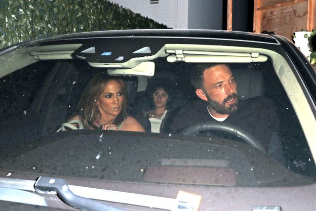 los angeles, ca   august 11 jennifer lopez and ben affleck are seen on august 11, 2021 in los angeles, california photo by photographer groupmegagc images