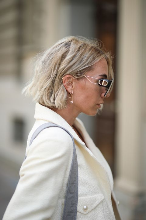 Hair, Eyewear, White, Blond, Hairstyle, Glasses, Street fashion, Fashion, Shoulder, Vision care,