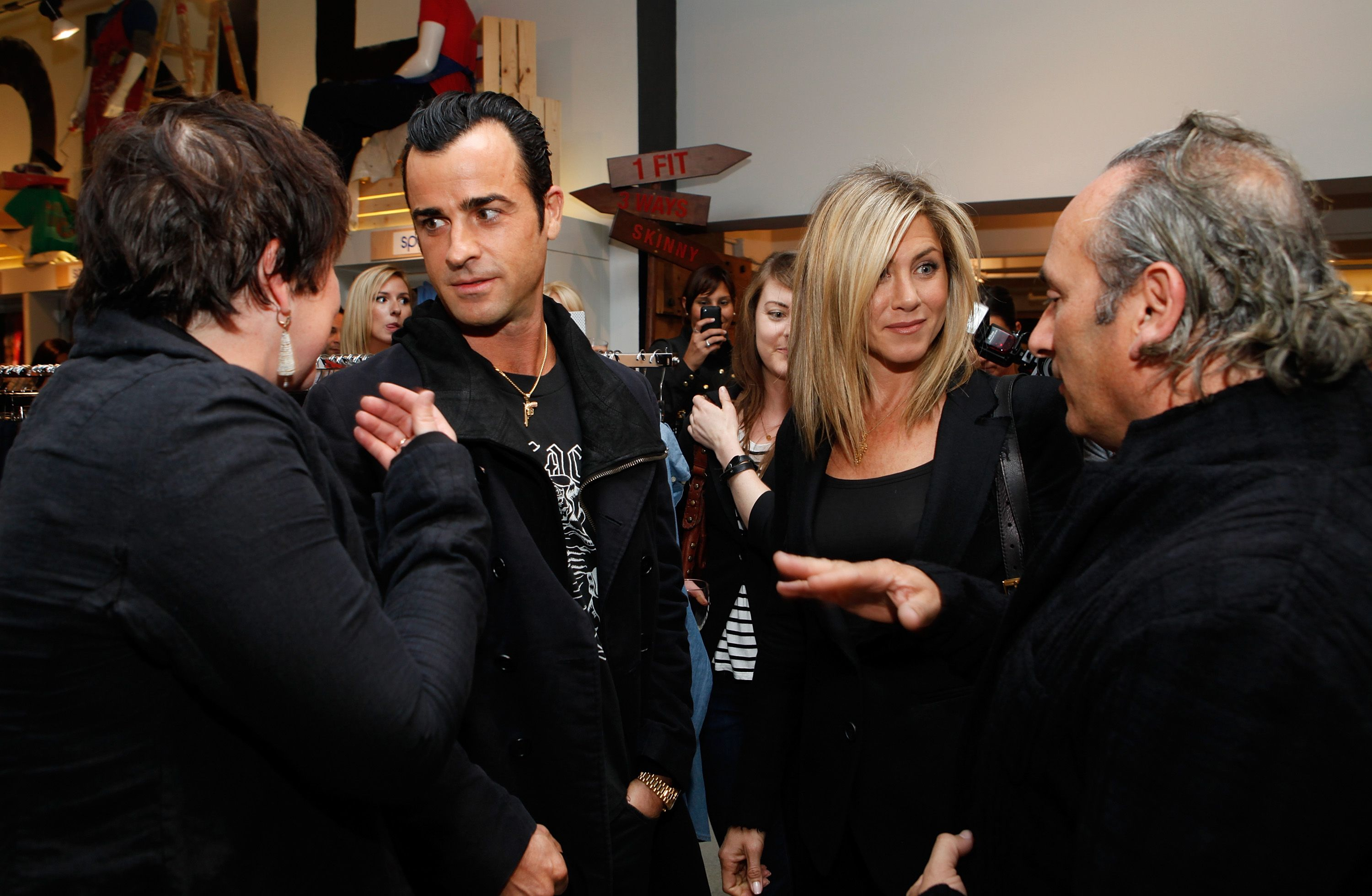 Justin Theroux and Jennifer Aniston relationship timeline