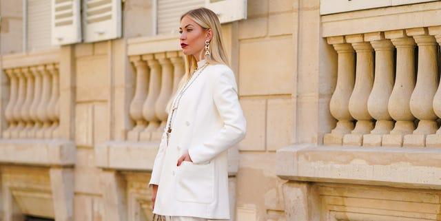 traje blanco chaqueta pantalón novia tendencias nupciales 2021