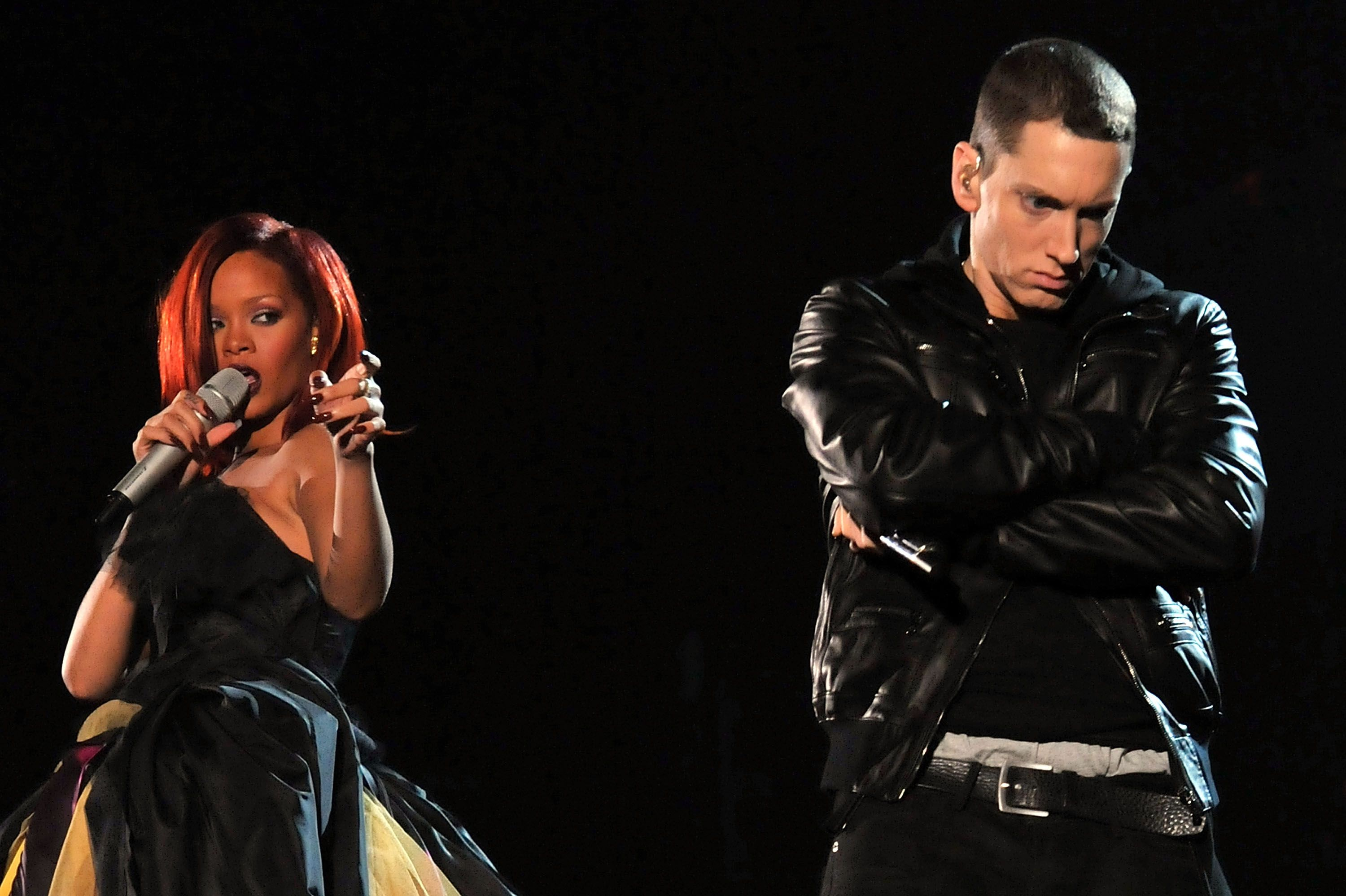 Eminem Reportedly Says He Sides With Chris Brown Over Rihanna Assault On Alleged Leaked Song