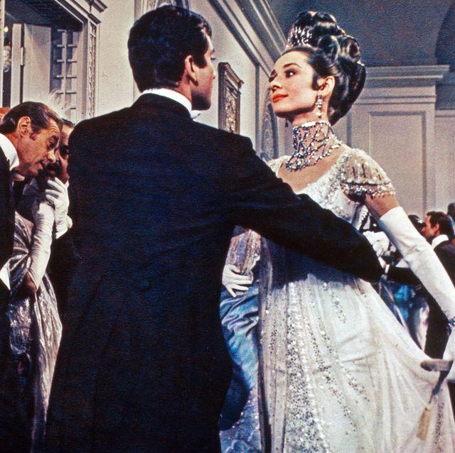audrey hepburn en la embassy ball en 'my fair lady'