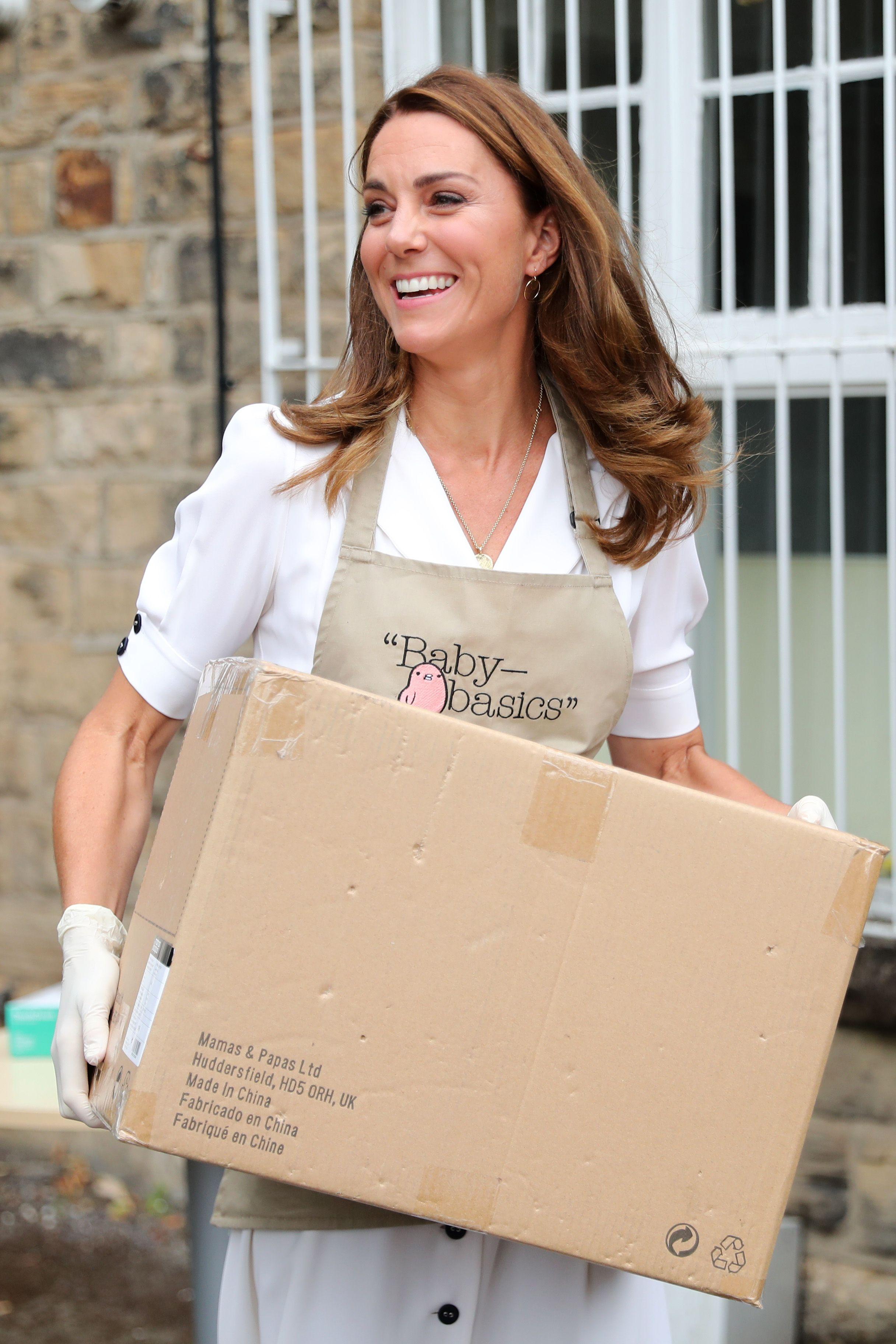 Il vestito bianco riciclato dell'ultimo look Kate Middleton ...