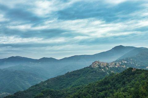 villaggio italia, liguria