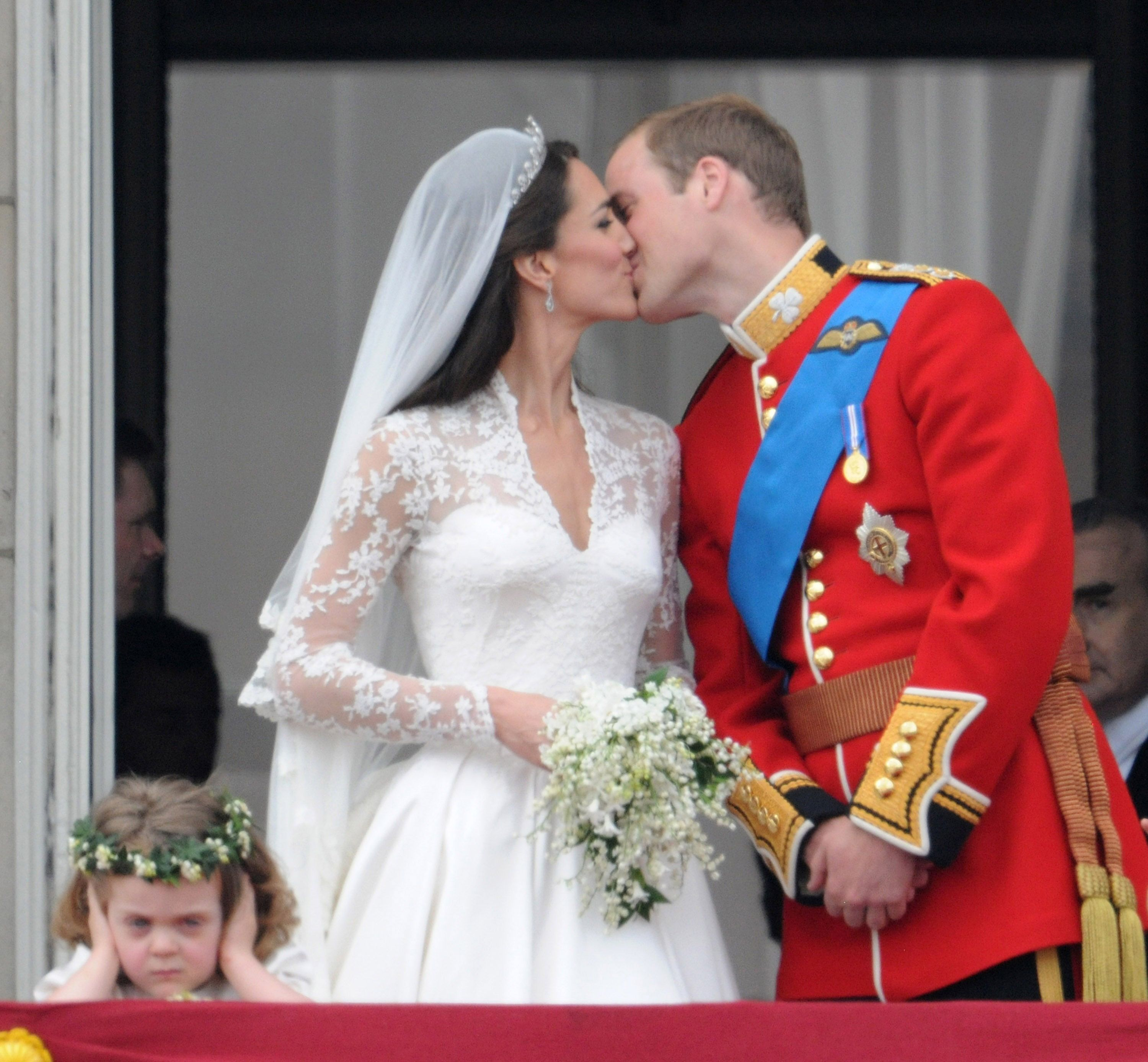 17 Best Royal Wedding Fails Of All Time Mistakes Throughout History